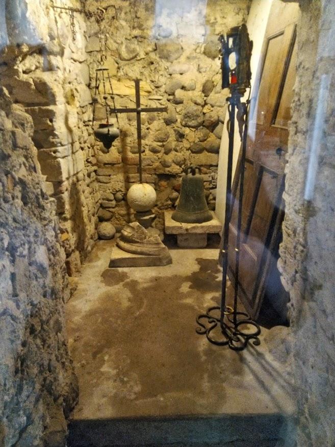 san pietro in mavino interno chiesa